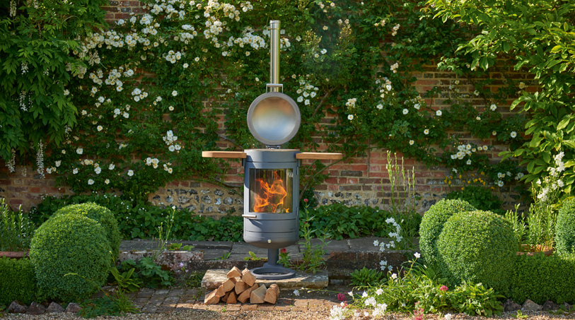 outdoor heating, Fire pits and chimneys are a thing of the past for outdoor heating